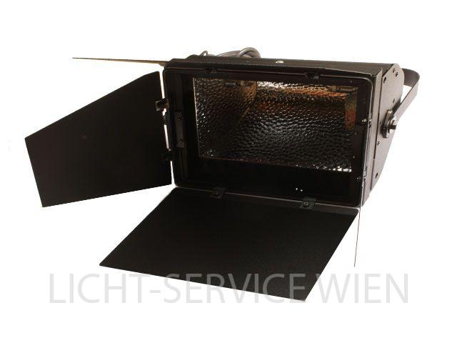 LDR Rima A500F Bühnenfluter asymmetrisch
